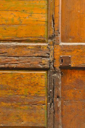 Orange Door, Italy